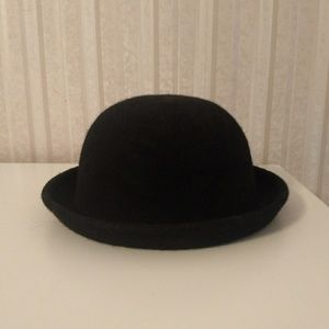 Urban Outfitters Black Felt Bowler Hat